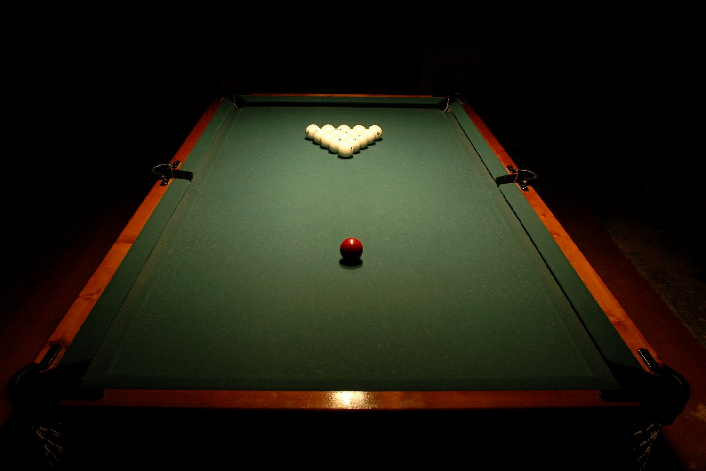 Russian_billiards_balls